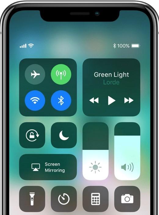 GLWiz on Apple TV using Screen mirroring