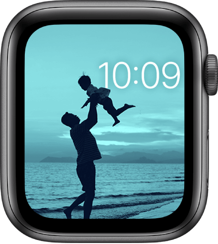 Photos is one of the best watch faces for Apple Watch